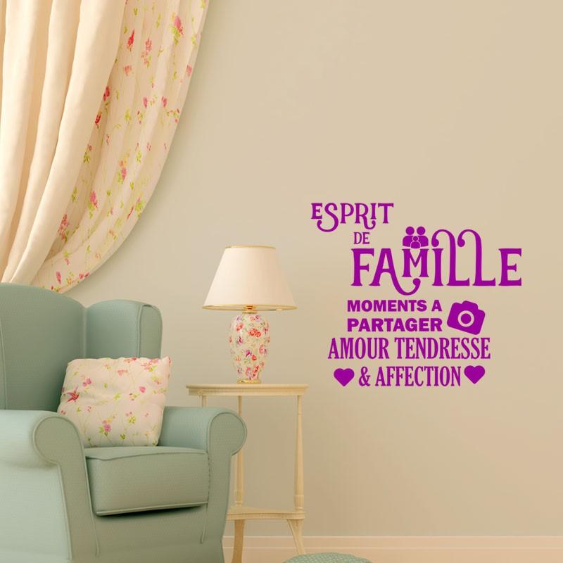 Sticker esprit de famille stickers citation texte for Esprit de famille decoration